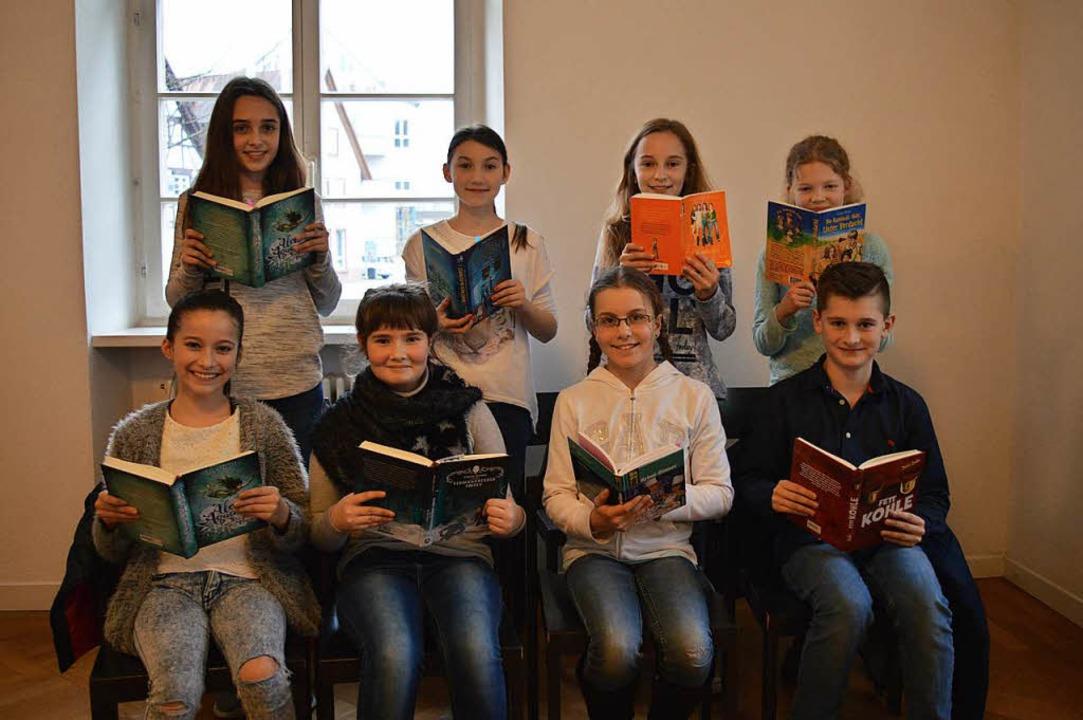 Traten beim Kreisentscheid des Vorlese... (Schulzentrum Oberes Elztal, Elzach).  | Foto: Lena Marie Jörger