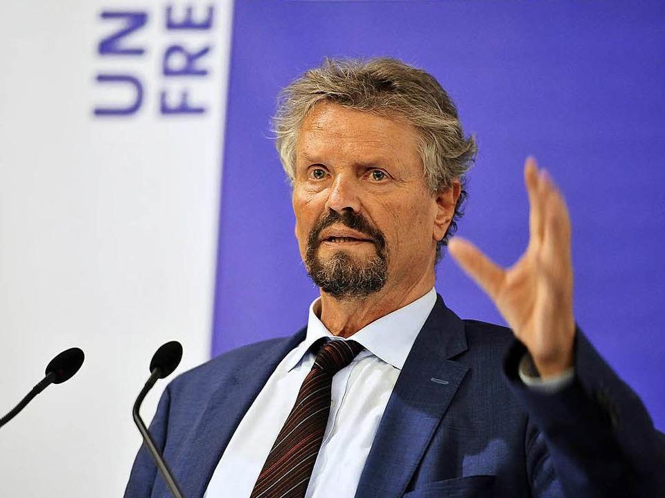 Russlandkenner:  SPD-Bundestagsabgeordneter Gernot Erler aus Freiburg.  | Foto: Thomas Kunz