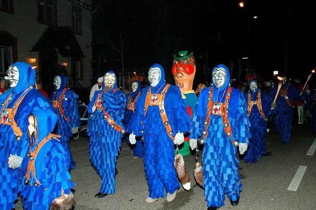 Die Blauen Narren: Erznarren mit Stupsnase und blauen Spättle