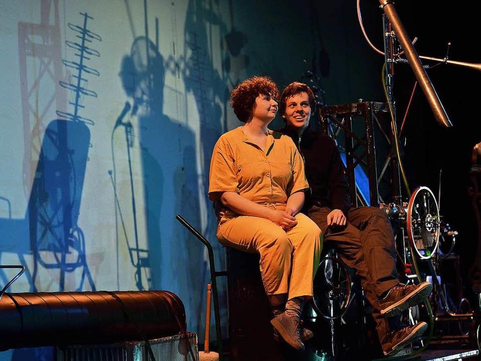 Karlsson (Gesa Bering) und Lillebror (Benedikt Grubel)   | Foto: Maurice Korbel