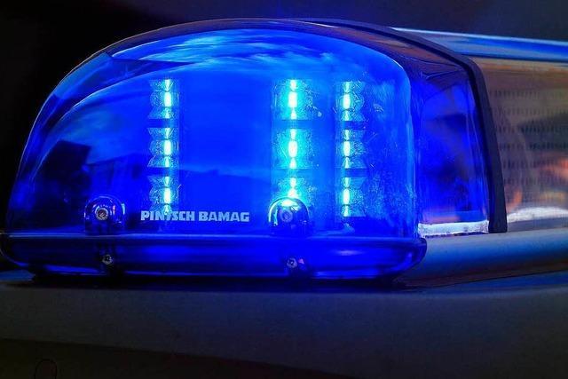 Vorfahrt genommen: Unfall mit Fahrerflucht in Lörrach