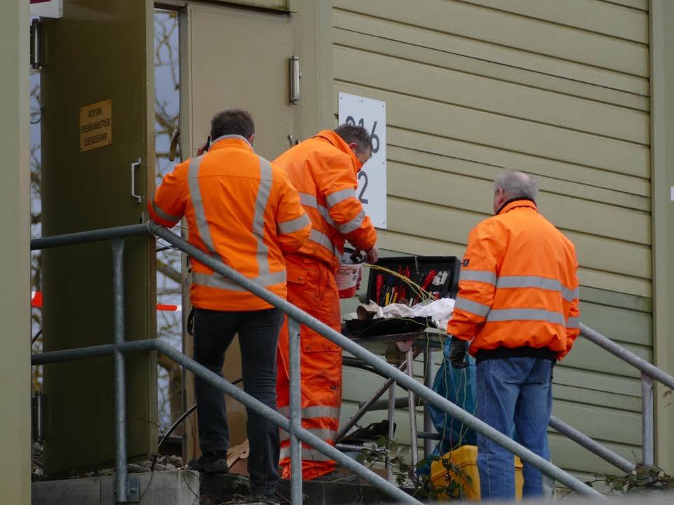 Reparaturarbeiten an der Bahnstrecke b...adt-Wolfenweiler  am Mittwochvormittag  | Foto: Andrea Gallien