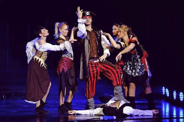 Große Tanz- und Gesangsshow mit Kinohits in der Stadthalle