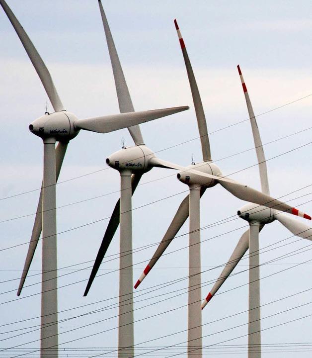 Oberwolfach und Hausach sollen komplett mit Windenergie versorgt werden können.     Foto: dpa