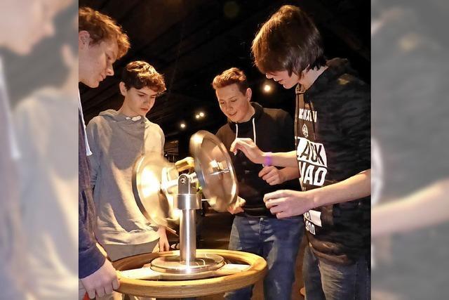 Schüler erleben Technik pur