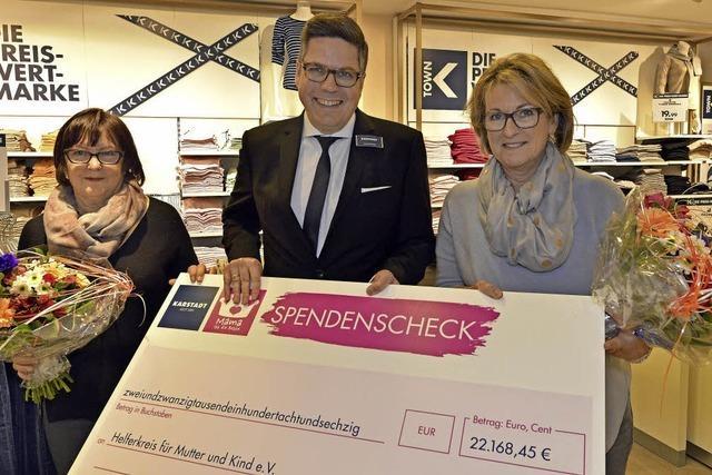 Freiburger Karstadt-Filiale spendet 22.000 Euro an den
