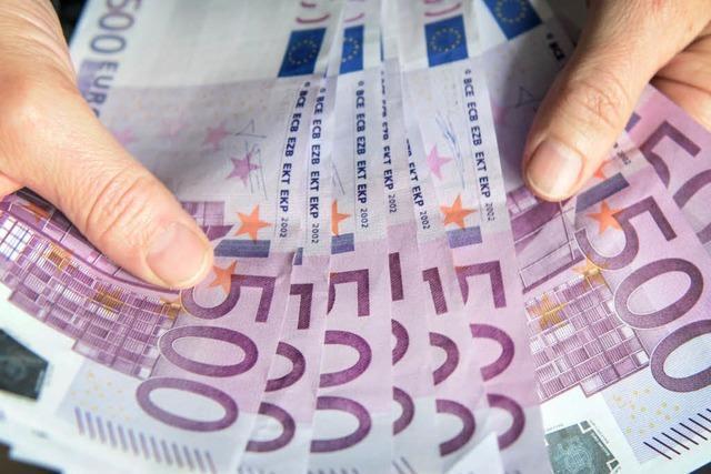 Rekordüberschuss: Soll der Staat das Geld ausgeben?
