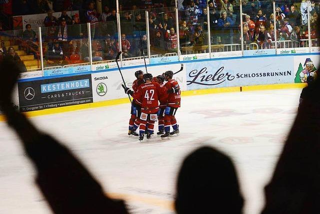 Fans des EHC Freiburg bereiten sich auf Endrunde vor