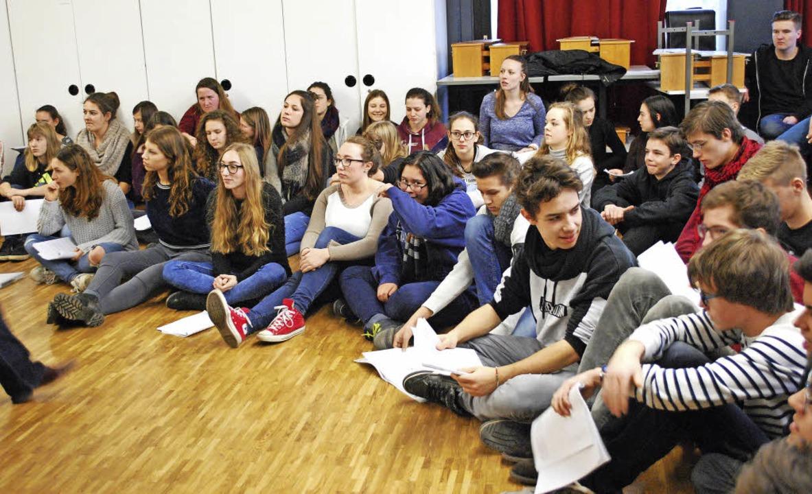 Proben fürs Jubiläums-Musical:  70 Sch... Goethe-Gymnasiums sind  heute dabei.   | Foto: Sylvia-Karina Jahn