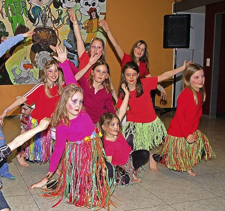 Die Eberfinger Kaulquappen tanzten sich im Nu in die Herzen des Publikums.  | Foto: Jutta Binner-Schwarz