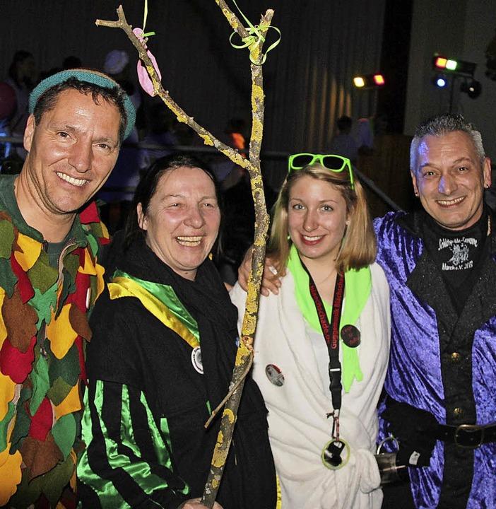 Erstmals feiern die vier Marcher Narrengruppen zusammen am Schmutzige.  | Foto: Horst David