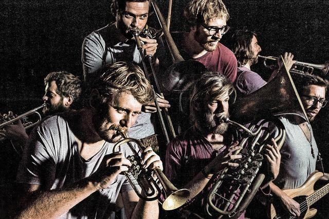 Blechbläser-Combo La Brass Banda veröffentlicht viertes Studioalbum