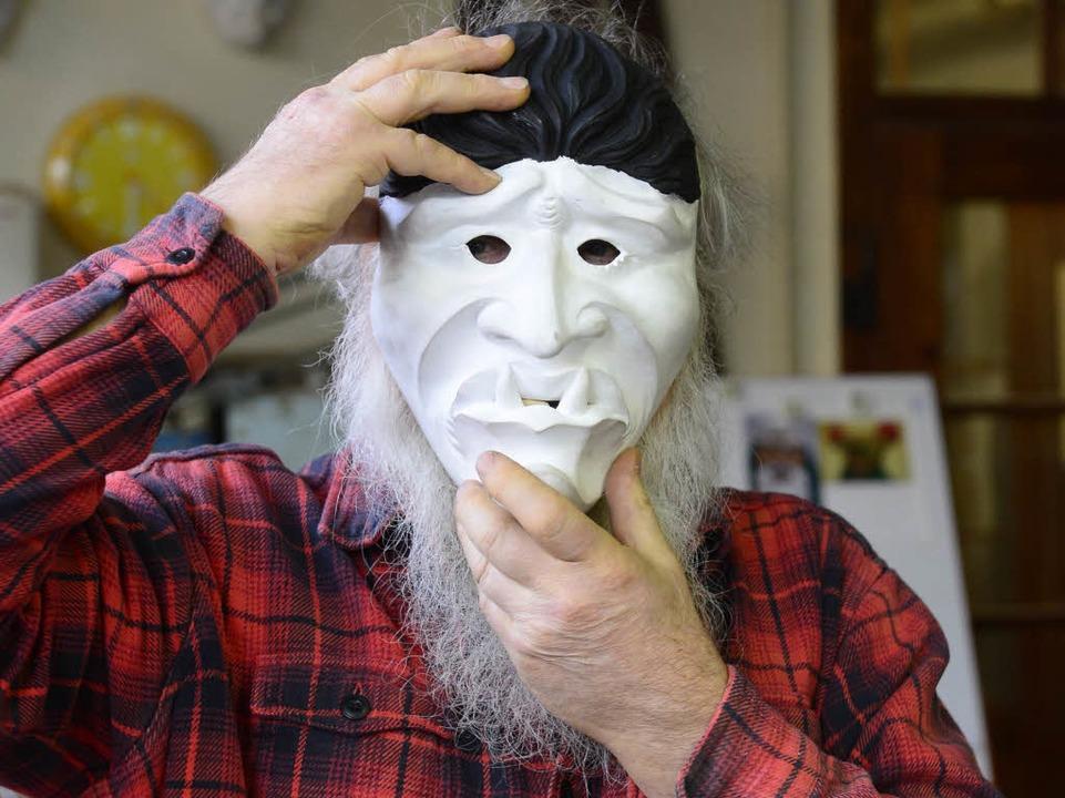 Helmut Kubitschek mit Maske    Foto: Ingo Schneider