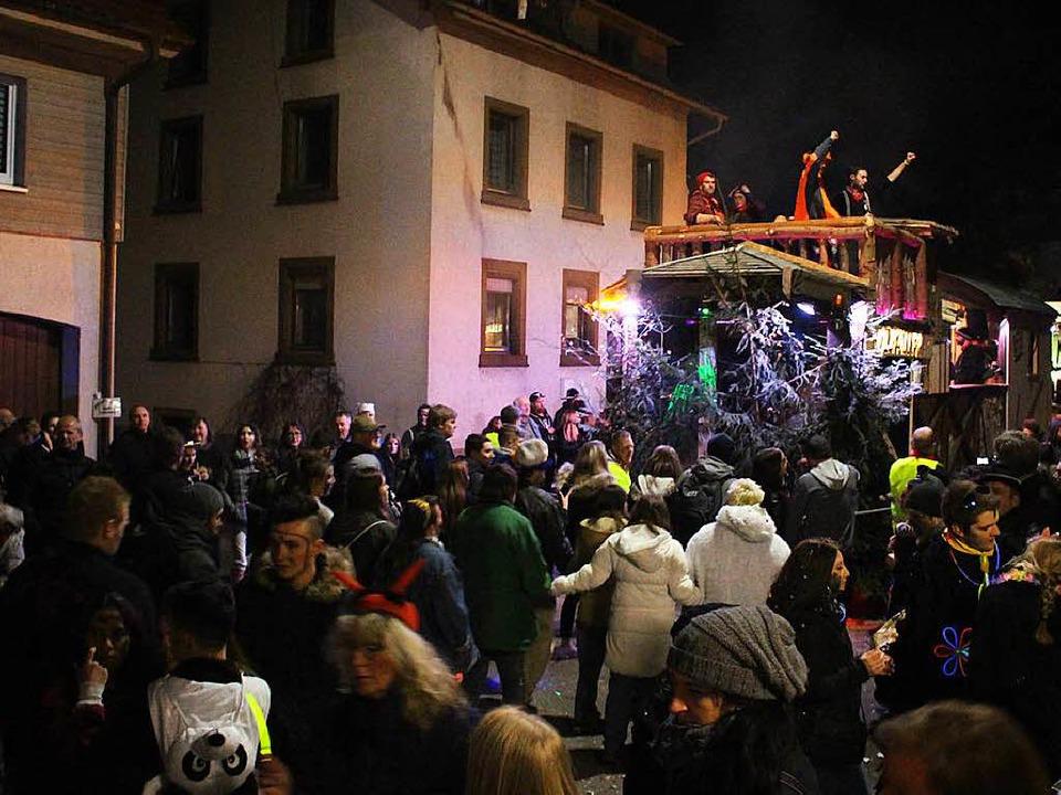 Der Nachtumzug in Maulburg mit seinen ... 8000 Zuschauerinnen und Zuschauer an.    Foto: Anja Bertsch