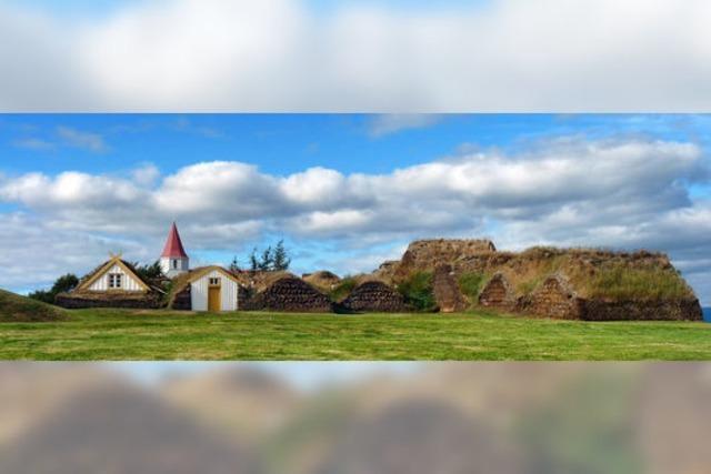 Wie in Island in Erdhügelhäusern gewohnt und gelebt wurde