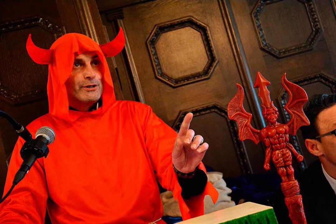 Thorsten  Becker als Teufel  | Foto: Barbara Ruda