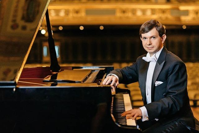 Sans Orchestre!! Pianist István Lajkó spielt Bartok, Liszt, Balakirev und Schumann
