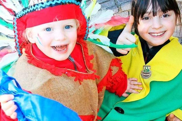 Fotos: Fasnachts-Kinderumzüge in Steinen und Maulburg