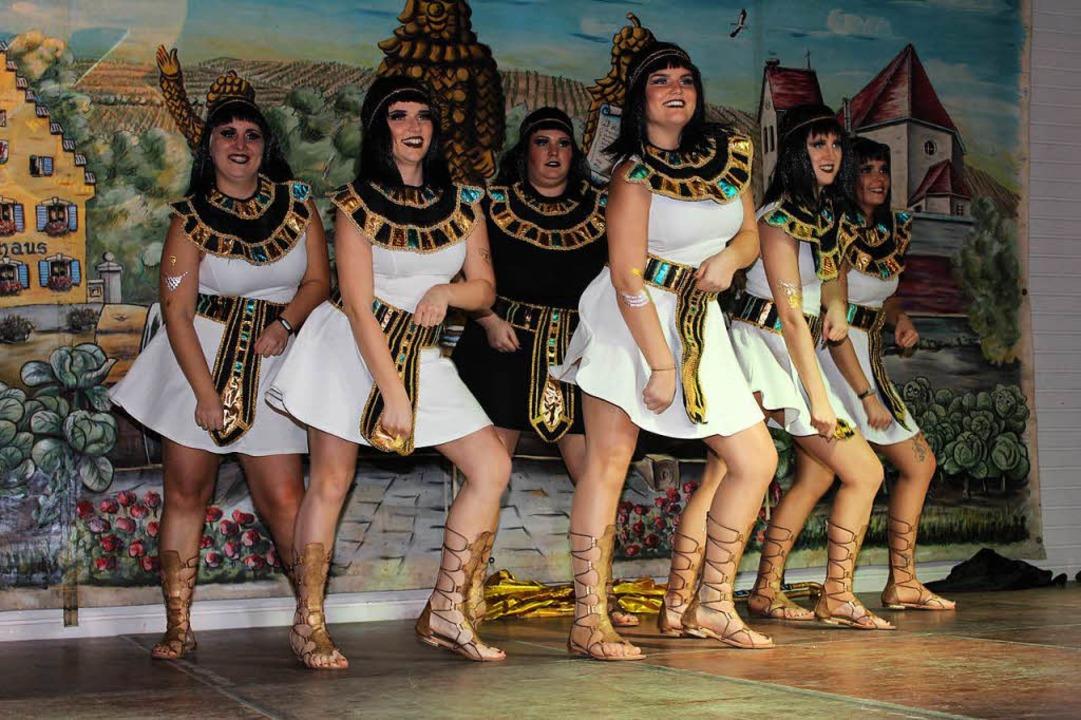 Das gefiele auch dem Pharao: das Damenballett macht auf ägyptisch.  | Foto: Mario Schöneberg