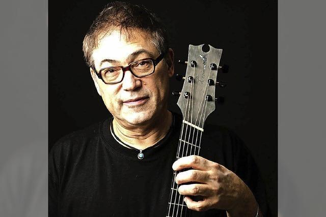 Gitarrist Don Alder tritt im Ali-Theater in Tiengen auf.