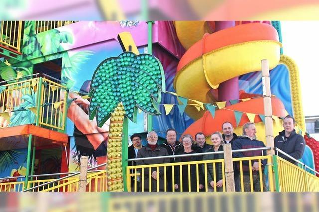 14 Schausteller beleben den Vergnügungspark