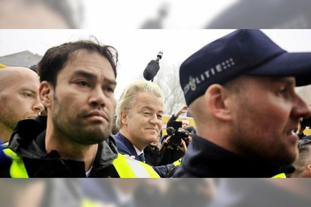 Die liberalen Rechten von Premier Rutte legen im Wahlkampf zu