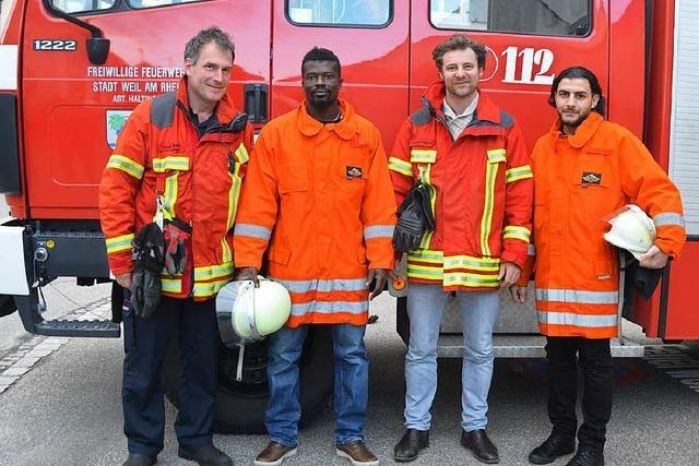 Flüchtlinge engagieren sich bei Feuerwehr