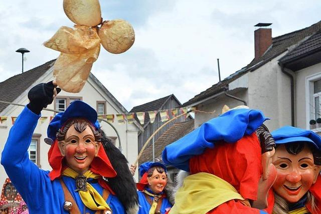 Fotos: Buurefasnachtsumzug in Lörrach-Hauingen