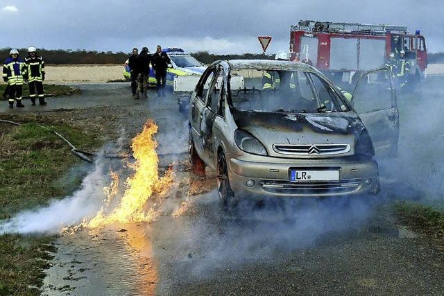 Autobrand bei Ichenheim