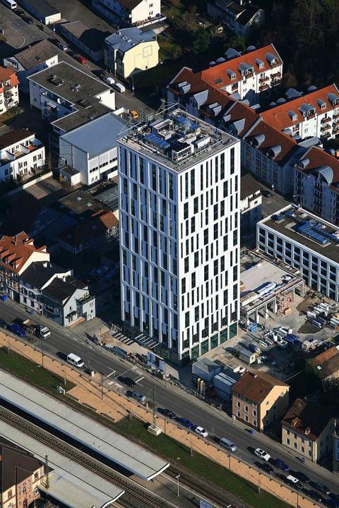 """Das neue """"Hotel Stadt Lörrach"""" von oben...    Foto: Erich Meyer"""