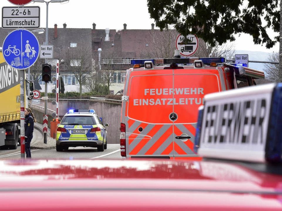 Vor dem Tunneleingang auf Höhe der Bürgerwehrstraße stauen sich die Fahrzeuge  | Foto: Thomas Kunz