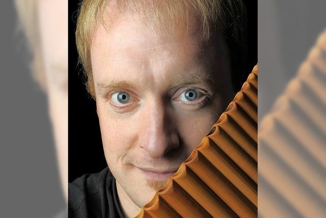 Panflötenvirtuose Matthias Schlubeck gastiert am Freitag, 10. März um 19 Uhr , in der Klosterkirche Oberried.