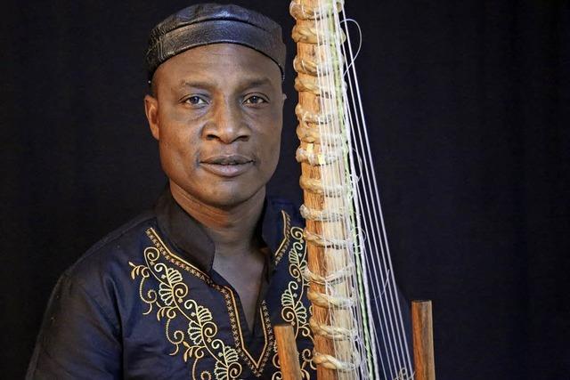 Afrikanische Weltmusik im Ali-Theater in Tiengen