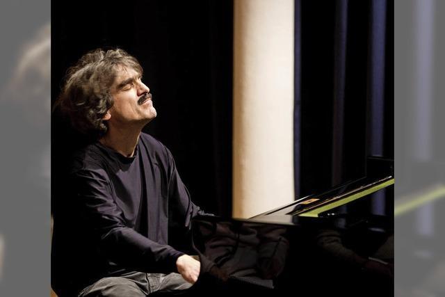 Thomas Scheytt gibt einSolokonzert im Bürgersaal des Rathauses