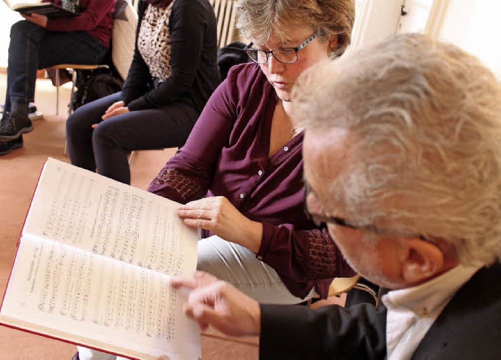 Kantorinnen und Kantore lernen  Materi...Gebetsrufe und Antwortpsalmen kennen.   | Foto: Erich Krieger
