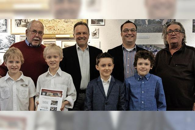 Vier aufgeweckte Jungs auf den Spuren der Römer und ihrer Götter