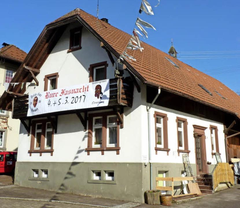 Das Haus der Dießlins in der Talstraße 9 entstand auf den Trümmern des Brands.  | Foto: dirk Sattelberger (2)