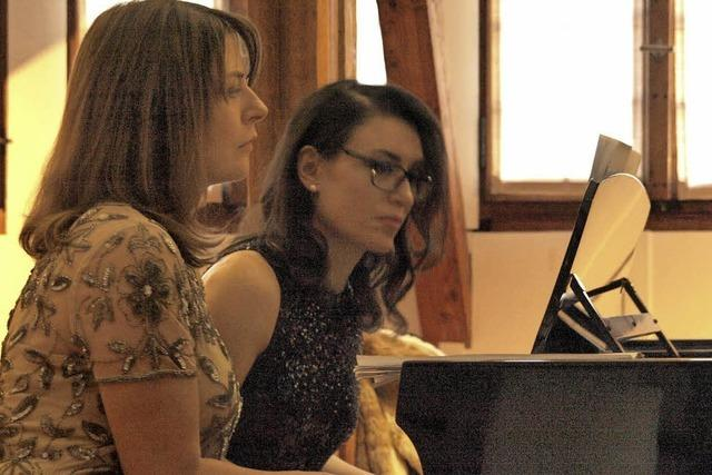Eruptives Piano zu vier Händen