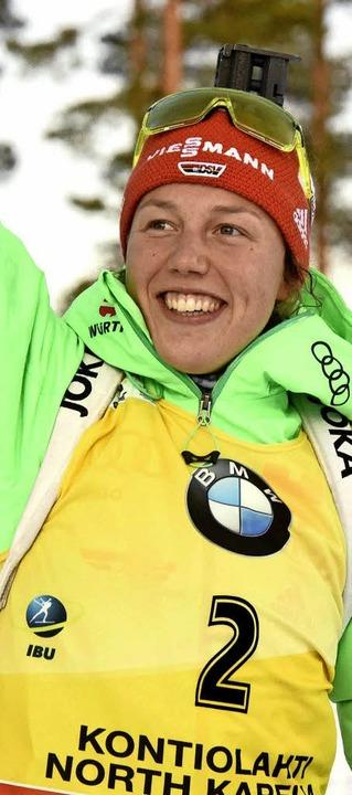 Überglücklich: Biathletin  Laura Dahlmeier   | Foto: dpa