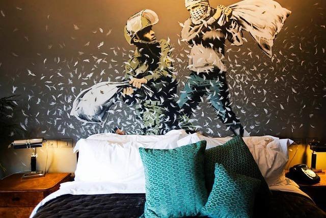 Banksy-Hotel: Zwischen Kunst, Politik und Kommerz