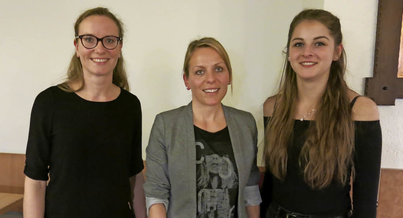 Die neuen und  wiedergewählten Mitglie...e) und Juliana Maier (Materialwartin).    Foto: Erhard Morath