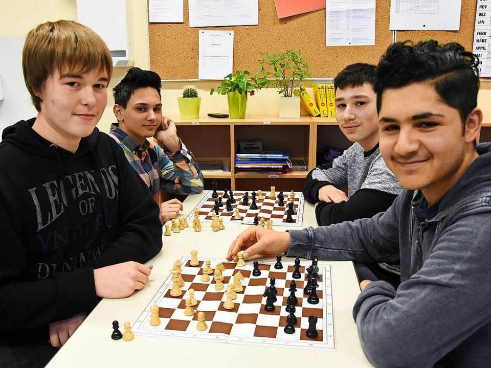 Im Team erfolgreich: Die Denzlinger Sc...Ado Palamar und Ahmad Issa (von links)    Foto: Jonas Hirt