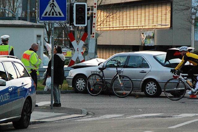 Zwei Fahrradunfälle mit ähnlichem Ablauf in Lörrach