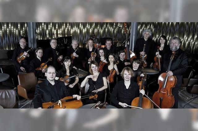 Stuttgarter Kammerochester mit Pianist Florian Uhlig im Lörracher Burghof
