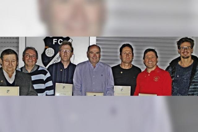 340 Jahre Treue zum Fußballclub
