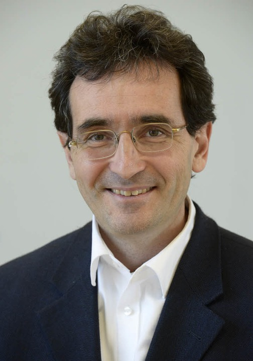 Professor Roman Huber, Leiter des Freiburger Unizentrums Naturheilkunde  | Foto: Ingo Schneider