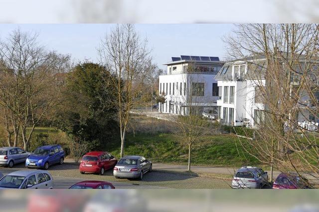 33 zusätzliche Parkplätze an der Helios-Rosmann-Klinik