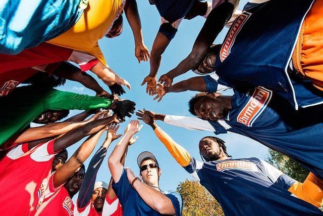 Mehr als 2700 Flüchtlinge in Sportvereine in Südbaden vermittelt