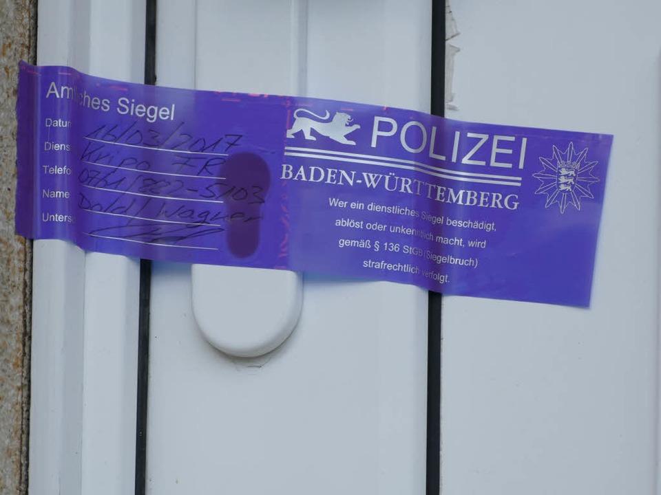 Die Polizei ermittelt.  | Foto: Lena Marie Jörger