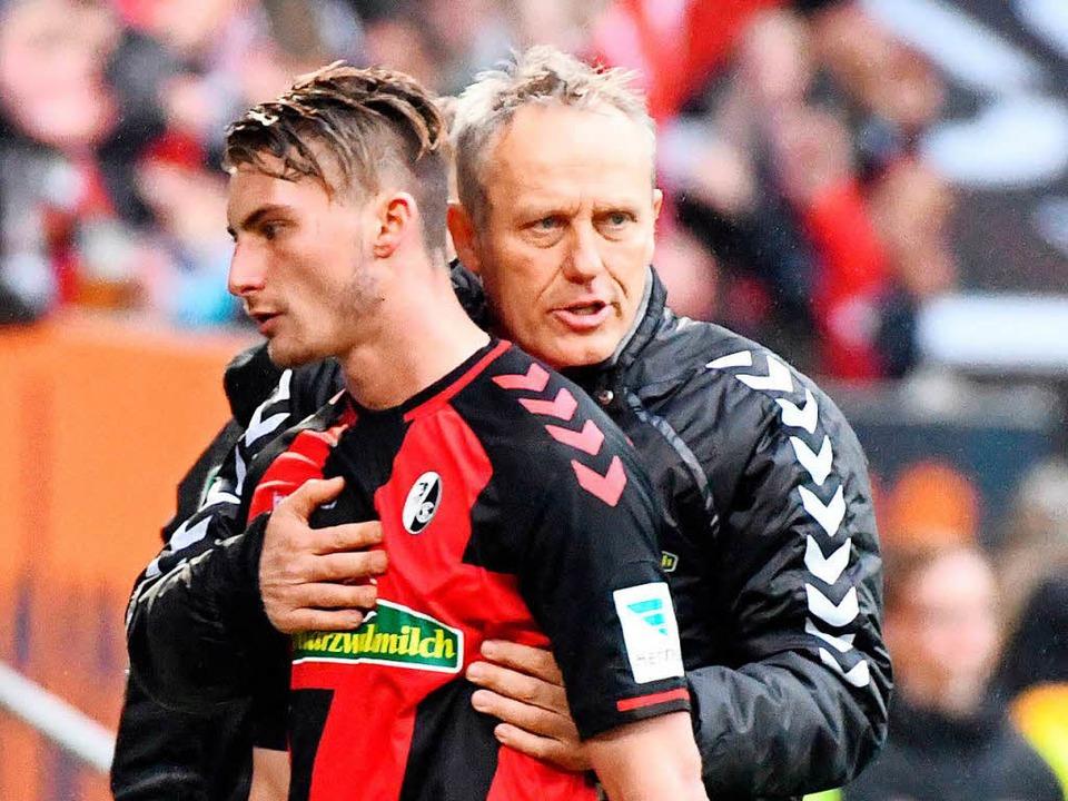 Freiburgs Trainer Christian Streich um...ive des Gastgebers nicht viel zu ließ.  | Foto: dpa